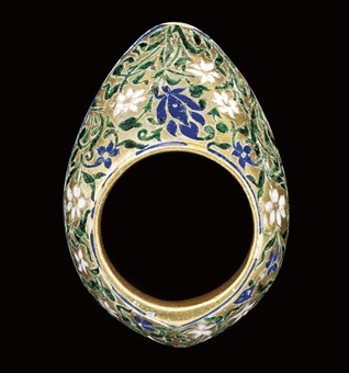Bague d'archer en argent émaillée bleue et verte. Lucknow, India. Fin XVIII. Courtesy of Christie London 6 octobre 2008 lot 40